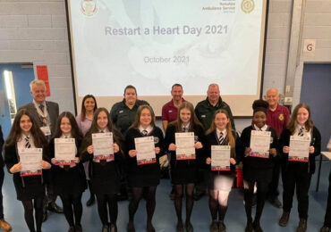 256 Thrybergh Academy Students Train To Restart a Heart